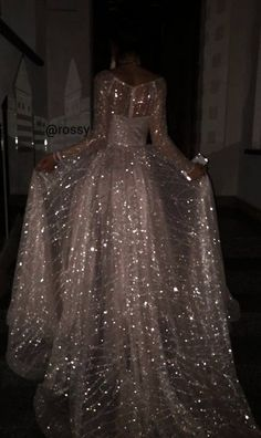 Actual arossy pictures palomo quinceanera dress outfit r new cute dress vintage cute dress aesthetic cute dress naviblue bridal wedding dresses collection 2018 Pretty Dresses, Beautiful Dresses, Glamouröse Outfits, School Outfits, Glitz And Glam, Quinceanera Dresses, Mode Inspiration, Formal Dresses, Wedding Dresses