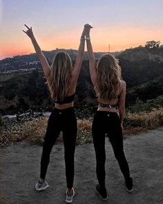 BFF diet: can you lose weight faster in pairs? - BFF diet: can you lose weight faster in pairs? Bff Pics, Photos Bff, Friend Photos, Cute Photos, Cute Bff Pictures, Girl Pics, Beach Pictures, Family Pictures, Best Friends Forever