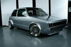vw golf Really clean looking. Cabrio Vw, Golf 1 Cabriolet, Scirocco Volkswagen, Volkswagen Golf Mk1, Supercars, Jetta Mk1, Vw Eos, Vintage Golf, Sweet Cars