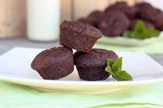 Mint Chocolate Chip Brownie Bites - Gluten-free + Vegan by Tasty Yummies, via Flickr