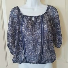 I just discovered this while shopping on Poshmark: Sheer Blue Paisley Print Peasant Top size XS 🐶. Check it out!  Size: XS, listed by justnids