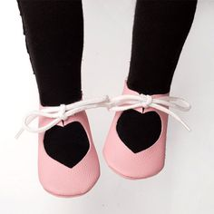 https://www.etsy.com/listing/273171636/patterns-baby-shoes-heart-shoes-patterns?ref=shop_home_active_1