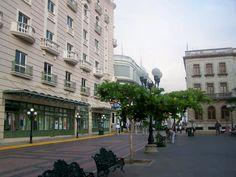 Plaza De Armas.      ========================   Rolando De La Garza Kohrs http://About.Me/Rogako ========================