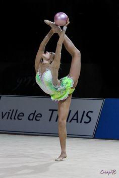 Elisaveta NAZARENKOVA (UZB)