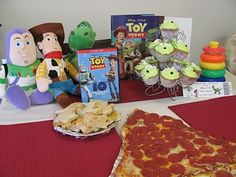 Family Movie Night: ideas for themed food and activities