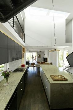 Galería - Compact Modern Duo / The Raleigh Architecture Co. - 11