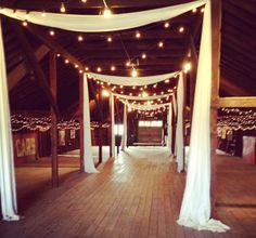 The rustic barn wedding venue that we looked at on Sunday. I'm not going to lie, I am so excited to plan an awesome wedding. I am excited for the food, the dress, the venue, the pictures, EVERYTHING! And of course, since I am a personal finance blogger, I have also been thinking about the costs and adding everything up over and over again.