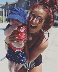 Chelsea Houska: Pregnant with Baby Number Three? Chelsea Houska Pregnant, Chelsea Houska Hair, Mommy Style, Love Her Style, Teen Mom 2 Chelsea, Chelsea Deboer, Maroon Hair, Wine Hair, Hair Icon