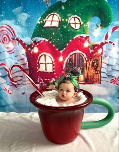 Xmas Pictures, Baby Pictures, Baby Photos, Birthday Photography, First Christmas, Cake Smash, Picture Ideas, Hot Chocolate, Photography Ideas