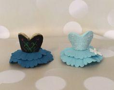 Popular items for fondant frozen on Etsy Frozen Cupcake Toppers, Frozen Cupcakes, Princess Cupcakes, Frozen Cake, Frozen Party, Fondant Cakes, Cupcake Cakes, Elsa Cakes, Fondant Decorations