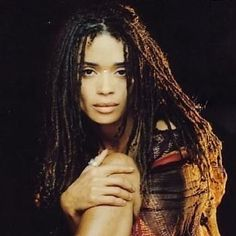 Lisa Bonet Young, Beautiful Celebrities, Beautiful Actresses, Nattes Twist Outs, Hair Express, 70s Inspired Fashion, The Cosby Show, Lenny Kravitz, African Beauty