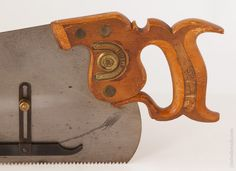 Near Mint and Rare! DISSTON No. 7 Gage Saw with Decal