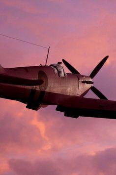 """utwo:  """" Pink SKY Spitfire  © live.warthunder  """""""