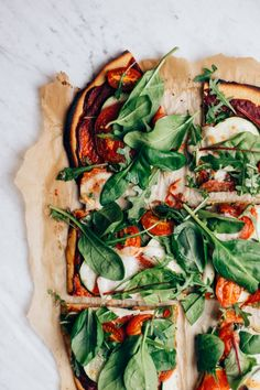 Sunday mood 🌿🍕 Super easy gf pizza crust with chickpea flour + tomato paste, fresh tomatoes, zucchini, greens, and bufala mozzarella on… Pizza Recipes, Beef Recipes, Vegetarian Recipes, Dinner Recipes, Cooking Recipes, Healthy Recipes, Dinner Ideas, Vegetable Recipes, I Foods