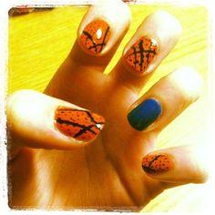Linsane nail-art