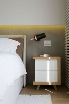 Quindiciquattro by Fabio Fantolino (18) featuring Scantling by Marset wall light in black