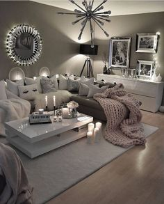 48 cozy farmhouse living room decor ideas you .- 48 gemütliche Bauernhaus Wohnzimmer Dekor Ideen, die Sie im Dorf 14 fühlen lassen 48 cozy farmhouse living room decor ideas that will make you feel in the village 14 - Cozy Living Rooms, Living Room Grey, Apartment Living, Home And Living, Silver Living Room, Modern Living, Living Area, Luxury Living, Decorating Ideas For The Home Living Room