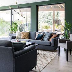die rote wand weinrot trendfarbe napa sch ner wohnen roten w nde und wohnen. Black Bedroom Furniture Sets. Home Design Ideas
