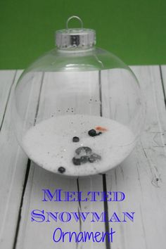 DIY Gift Idea: Melted Snowman Ornament #ornament #diy #giftstomake