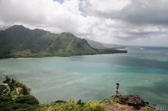 Kahana Bay. Crouching lion hike. oahu.