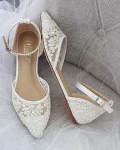 White Pointy Toe Flats with Chiffon Ankle Strap, Something Blue – Kailee P. In… White Pointy Toe Flats with Chiffon Ankle Straps, Slightly Blue – Kailee P. Inc. Wedding Flats For Bride, Wedding Boots, Lace Wedding Shoes, Flat Bridal Shoes, Vintage Wedding Shoes, Wedding White, Bride Flats, Bridesmaid Shoes Flat, Gold Wedding