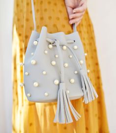PEARL BUCKET BAG « P