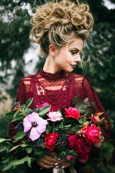Bridal Faux Hawk For the Edgy Bride ~ we ❤ this! moncheribridals.com