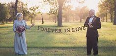 Casal celebra 70 anos de união com álbum de casamento que nunca teve