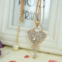 Love Lock Key Sweater Bead Necklace Jewelry Crystal Women Long Necklace Pendants Rhinestone Chain Christmas Mother's Day Gift