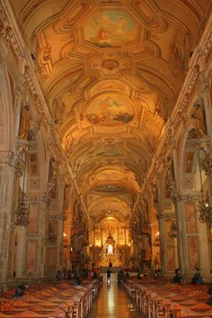 Place to go - Santiago Cathedral, Chile Places To Travel, Places To See, Wonderful Places, Beautiful Places, Cathedral Basilica, Equador, Chili, Church Architecture, Easter Island