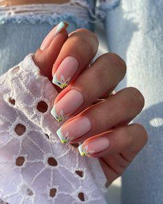 Flower Nail Designs, Square Nail Designs, Short Nail Designs, Acrylic Nail Designs, Spring Nail Trends, Spring Nails, Summer Nails, Short Square Nails, Nails Short
