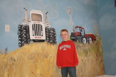 farm themed bedroom | ... of the painting on his bedroom wall. His whole room is tractor themed