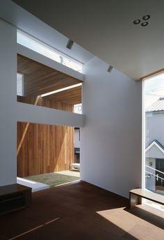 Takuro Yamamoto Architects' I-Mango house in Kashihara, Japan