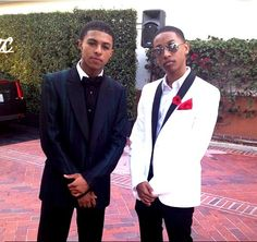 Diggy and Jacob Latimore perf picture Teen Celebrities, Celebs, Jacob Latimore, Diggy Simmons, Babe, Cute Black Boys, Well Dressed Men, Cute Guys, Celebrity Crush