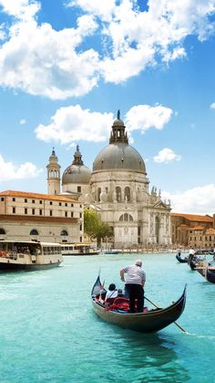 The Grand Canal is a canal in Venice, Italy. It forms one of the major water-traffic corridors in the city. S4 Wallpaper, Venice Wallpaper, Mobile Wallpaper, Grand Canal, Italy Travel, Italy Vacation, Travel Europe, European Travel, South America