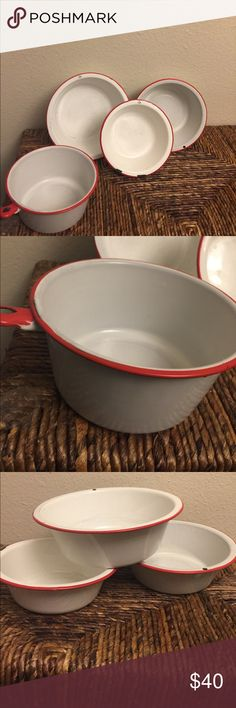"""🏡Home Decor Old Vintage serving pots Red & White enamel. Hang on wall or display on shelf or you can actually use them. Listing includes all 4 pieces. 9"""" 8"""" 7 3/4"""" & 7"""" in Diameter. 🏡Home Decor Other"""