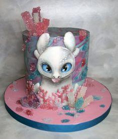 Light Fury Cake by KaterinaJozova Dragon Birthday Cakes, Dragon Birthday Parties, Dragon Cakes, Dragon Party, Lollipop Cake, Cupcake Cakes, Beautiful Cakes, Amazing Cakes, Toothless Cake
