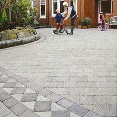 Die 73 Besten Bilder Von Einfahrtpflaster Backyard Patio Gardens