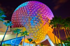 My Disney World pic of the day for you peeps.  Good old Spaceship Earth!