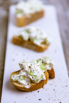 Feta and Cucumber Spread - Spreading Week Part 2 - Kitchen .- Feta and cucumber spread – www. Chutneys, Healthy Fried Chicken, Spicy Appetizers, Mexican Chicken Recipes, Cooking Recipes, Healthy Recipes, Sauce Recipes, Sandwich Recipes, Finger Foods