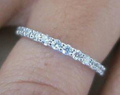 18K Weissgold Baguett & Runde Diamanten Eheringe von eternaltouch