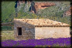 a small house close to San Vito Lo Capo - Photo courtesy of Teodora Mihacsi