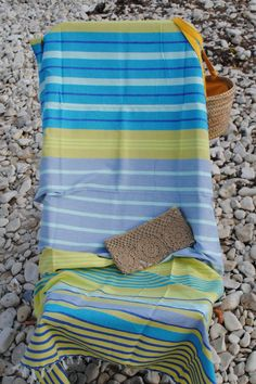 Fouta Les Gollandières Beach Accessories, Design Trends, Blankets, Hand Weaving, Projects To Try, Towel, Stripes, France, Quilts