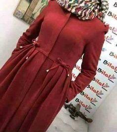 Hijab Style Dress, Hijab Chic, Dress Outfits, Abaya Fashion, Muslim Fashion, Fashion Dresses, Mode Abaya, Iranian Women Fashion, Hijab Fashionista