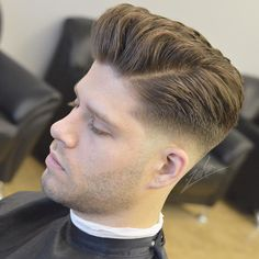 This hairstyles name is pompadour hairstyle. Then I will show you popular pompadour hairstyles for men. Mens Hairstyles Pompadour, Mens Hairstyles Fade, Side Part Hairstyles, Hairstyles With Bangs, Haircuts For Men, Hairstyle Fade, Men's Haircuts, Medium Hair Cuts, Medium Hair Styles