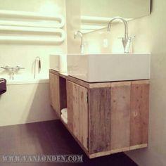 Badkamer meubel van steigerhout