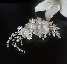 Blütengesteck Haarschmuck Hochzeit