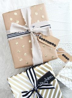 Holiday Gift Wrap Ideas: Gold Confetti Dot Gift Wrap brown paper with glitter polka dots cute DIY gift wrap idea Source by TarynWhiteaker Christmas Gift Wrapping, Best Christmas Gifts, Holiday Gifts, Holiday Fun, Christmas Crafts, Holiday Ideas, Christmas Ideas, Christmas Time, Christmas Ornaments