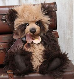 Charlie Bear Phoenix Teddy Bear Cottage - Collectable Charlie Bears Diy Teddy Bear, Vintage Teddy Bears, Cute Teddy Bears, Teddy Bear Pictures, Stuffed Animals, Stuffed Toys, Plush Animals, Charlie Bears, Crochet Teddy
