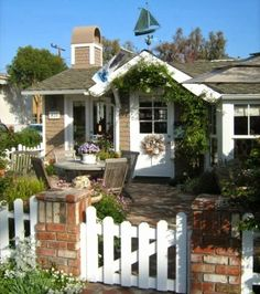 Small Cottage in California.